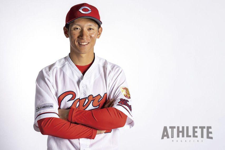 """<div class=""""caption"""">昨シーズンは打線の火付け役としてチームを牽引した西川龍馬選手。</div>"""